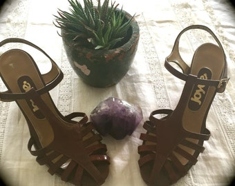 Brown leather sandal 5.5M