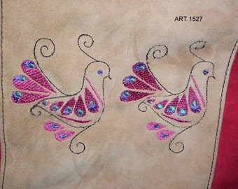 Suede bag with embroidery lapwings art. 1527