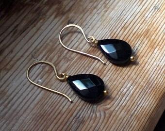 Black onyx earrings / Onyx earrings / black onyx jewelry / black onyx drop earrings