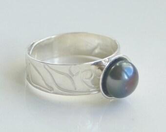 Sterling Silver Ring, Freshwater Pearl, Ref BgAg13