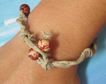 Hemp Bracelet with wooden beads.