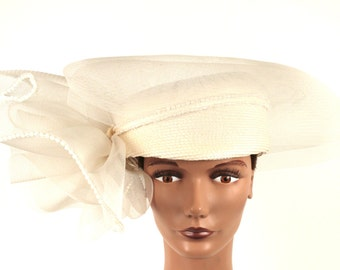 Women's Vintage White Pillbox Hat with Lace Trim Brim by Sylvia of New York
