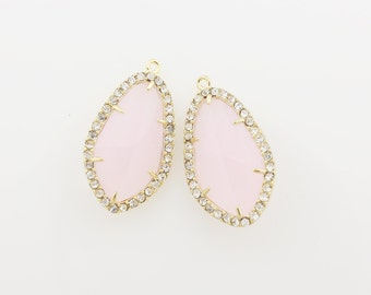 G000505P/Ice Pink/Gold plated over brass/Large cubic sided faceted glass pendant/14.4mm x 25.4mm/2pcs