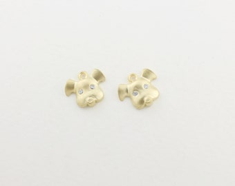 P0107/Anti-Tarnished Matt Gold Plating Over Brass/Hollow Dog pendant +cz/11x10mm/2pcs