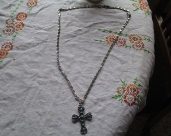 Cross Pendent with Silver Chain
