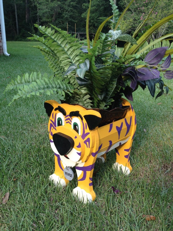 Wooden Animal Planter Lsu Mike The Tiger
