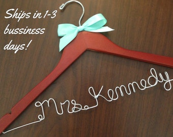 wedding hangers, bride hangers, bridal gift, custom hanger, hanger, bridesmaids gift, weddings