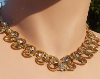 Clear Rhinestone on Swirled Goldtone Setting Necklace