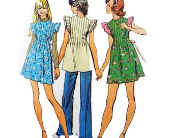 1973 Simplicity 5428 Young Junior/Teens' Mini-Dress, Mini-Jumper or Tunic Sewing Pattern Size 9/10 Bust 30.6""