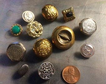 12 Metal & Plastic Buttons