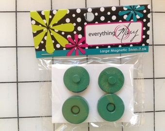 Large Magnetic Snap 2 pk - Green - Everything Mary