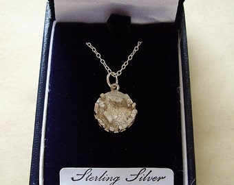 "Sterling Silver Stonehenge Pendant With Sterling Silver 18"" Chain In Presentation Box"