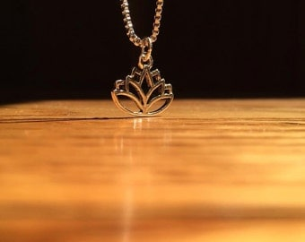 Sterling Silver Lotus Flower Box Chain Necklace