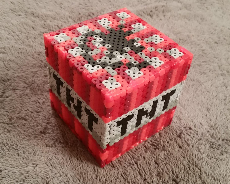 minecraft tnt block perler hama fuse bead sprite. Black Bedroom Furniture Sets. Home Design Ideas