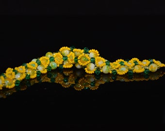 """CLEARANCE* FT25 Yellow and Green Hugs Bracelet, Size  7.5"""""""