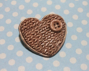 Knitted Heart Pin