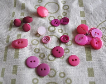 Assorted Vintage Pink-Coloured Buttons - 24 pieces in total