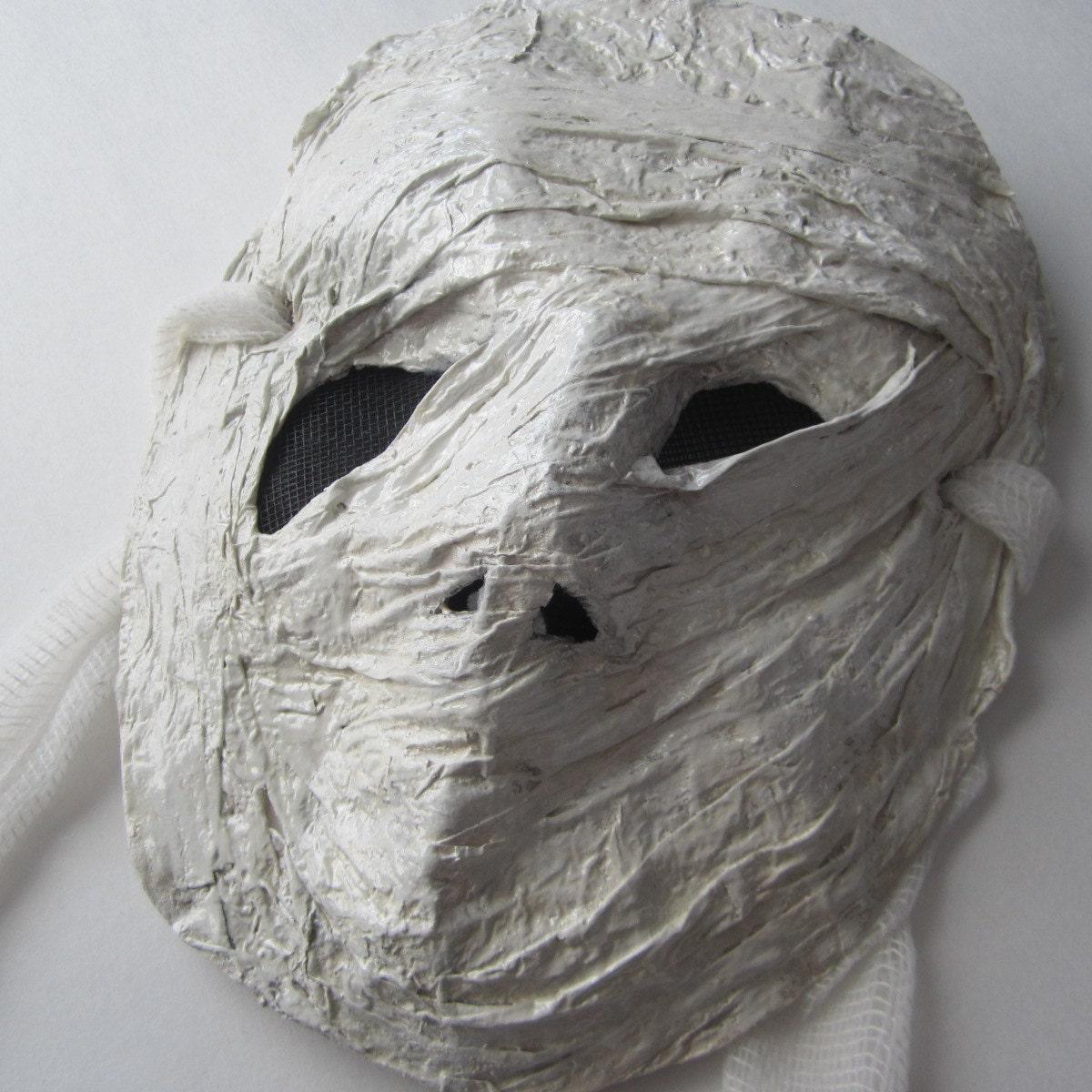 Creepy mummy paper mache mask for Paper mache mash