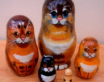 "Russian Nesting Dolls ""CATS"" Hand-painted."