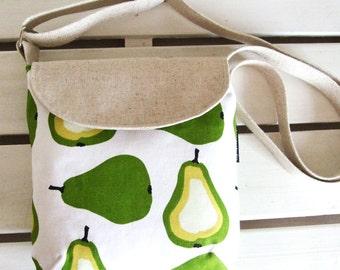 SALE Small messenger bag (pochette) pear