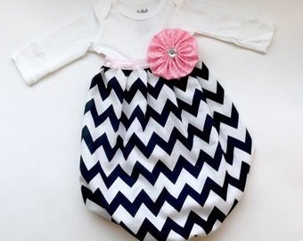 BOUTIQUE----Baby girls gown... in black and white chevron..... New baby--- welcome home outfit
