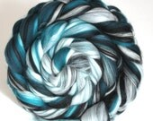 Merino Silk Blend Combed Wool Top Spinning Felting Fibre Combed Top - Spearmint