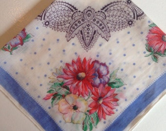 Beautiful vintage hanky.