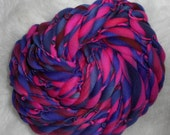 Hot Pink-Violet-Maroon Slimmer Thick n Thin Merin 29 yards 1.5 oz  Super Bulky