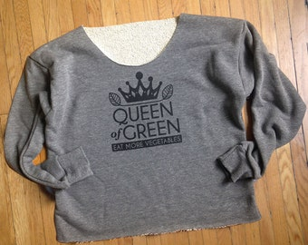 Queen of Green- CROP SWEATSHIRT