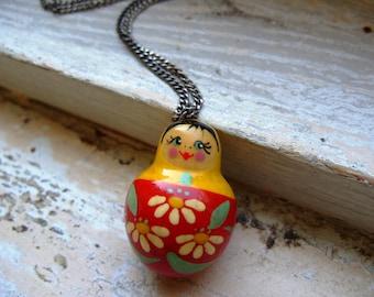 FREE SHIPPING Vintage Matryoshka Doll Pendant Necklace