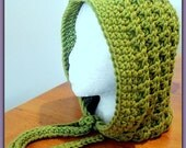 Hood Crochet Pattern - Bold Texture, Vintage Meets Urban Look - Chunky Weight - One Piece Construction