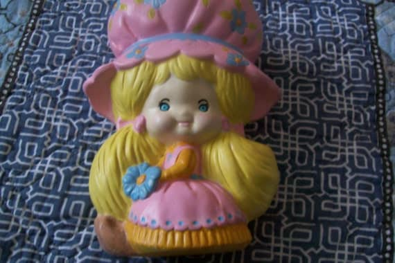 Handpainted Ceramic Girl w/Pink Bonnet, girl with flowers, girl, girl's gift, girl's decor, home decor, girl's room decor, gift, childs gift