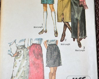 Vintage 1970 Sewing Pattern Simplicity 9099 Misses' Skirts Size 12 Waist 25 inches UNCUT