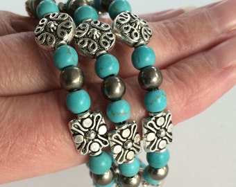 Turquoise bracelet bead memory wire -silver blue