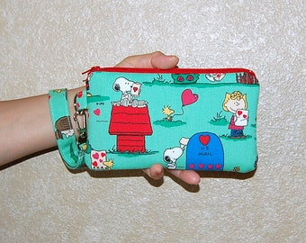 Wristlet Purse with Removable Strap and Interior Pocket - Handcrafted from Snoopy Homemade Valentine Fabric