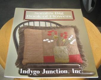 Indygo Junction - Sarah's Big Book of Flowers Craftbook - Sarah Sporrer