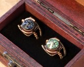 7th anniversary special sale - 2 swarovski crystal steampunk rings - wooden box included - Chrysolite and Black Diamond