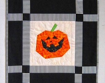 CATS AND PUMPKINS Halloween Quilt from Quilts by Elena