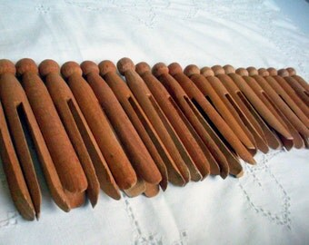 23 Vintage Wooden Clothespins Clothes Pins, Farmhouse, Bunting, Craft Supplies