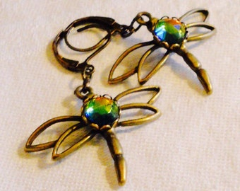 osO DRAGONFLY OPERA Oso vitrail rhinestone brass earrings