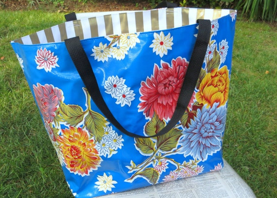 personalized beach bag - MEDIUM - waterproof beach bag - pool bag - reversible bag - oilcloth bag - gifts for her - teacher gifts