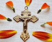 Antique Gothic Crucifix Cross Catholic Christ Gold Tone Brass Jesus Nazarenus Rex Judaeorum Italian Latin