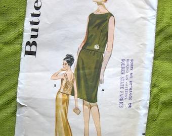 Vintage Evening Dress Pattern - Butterick 2456 - Deep Back Neckline Maxi Dress / Uncut FF Size 12