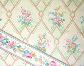Vintage 1932 Wallpaper Sample and Border - Bath
