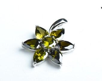 30mm(1.18in) Cubic Zirconia Flower Pendant, Olivine, EA, EA B4060A.24