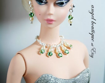 Sparkling Green Crystal Statement Necklace with Matching Earrings