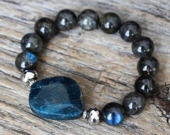 Apatite Labradorite Diamond Boho Statement Bracelet, Blue Labradorite, Pyrite Gemstones, Diamond Pave, Bohochic Bracelet, Beaded Bracelet