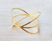 Wide Halo Bracelet, circle bracelet, minimalistic jewelry, urban jewelry