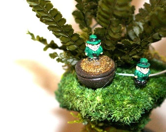 """Leprechauns Teeny Tiny Miniature-Buy just the 1 leprechaun or one in a pot of  leprechaun gold dust a wee bit under 1/2"""" without the post"""