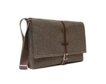 "11"" / 13"" MacBook Air messenger bag - brown pinstripe"